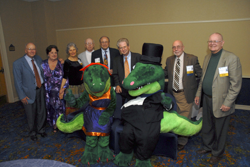 College of Medicine alumni from the class of 1962 pose with Albert and Alberta as they celebrate their 50-year reunion.